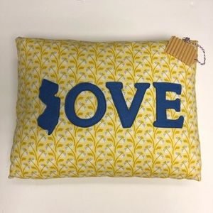 💛 New Jersey Love Decorative Pillow